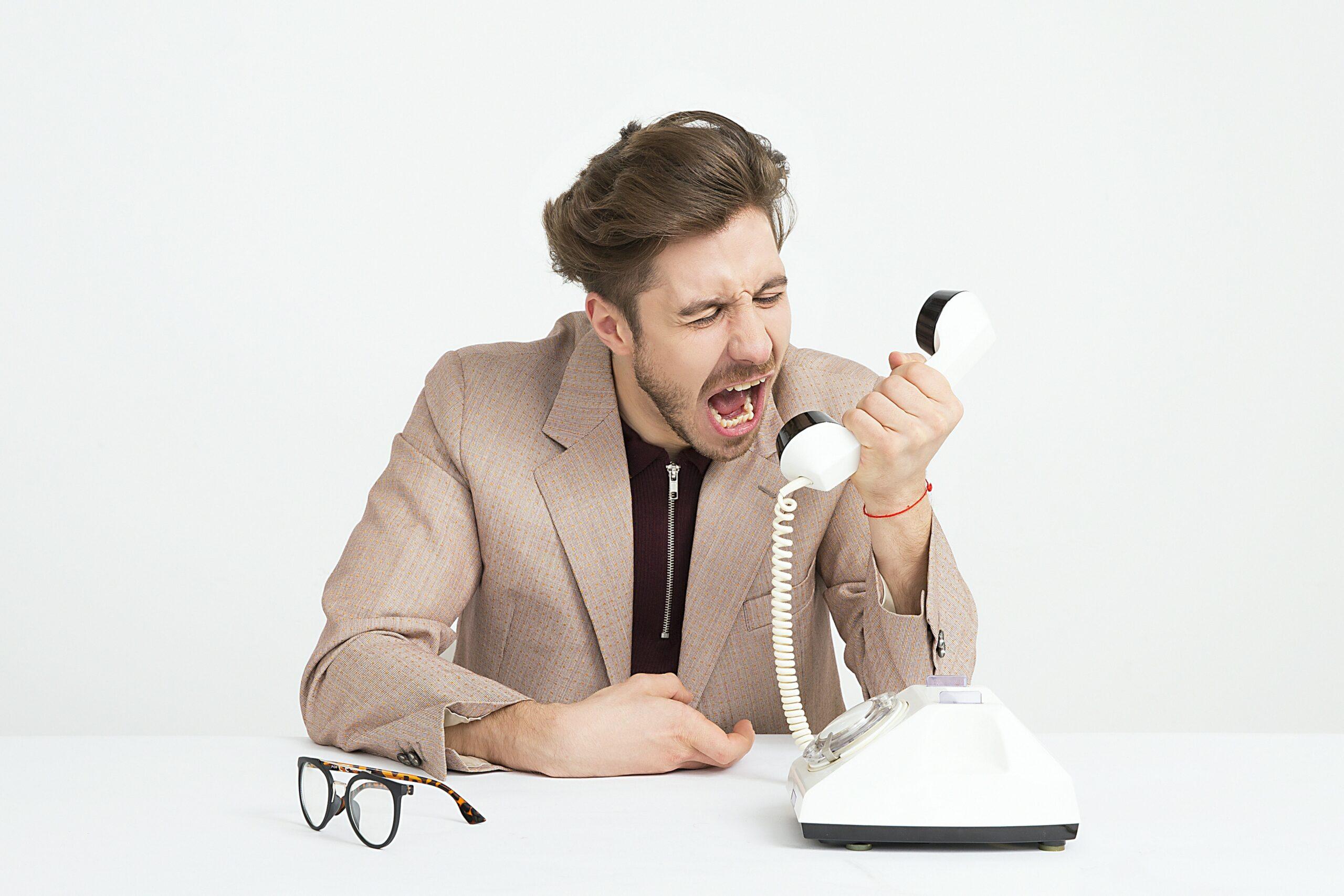 Telefonbetrüger: Diese Maschen solltest du kennen